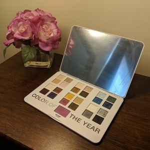 Sephora + Pantone Color of the Year Palette - Radi